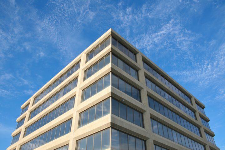 Folketeaterbygningen som institusjon